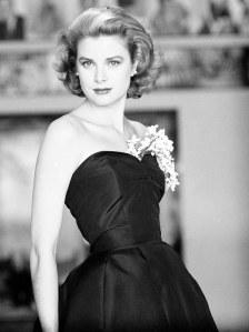 grace-kelly-in-black-gown-1954-706bes063010